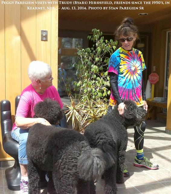 2014--08--12  010 --A1   Kearney, Neb - Peggy Paregien with Trudy Byars Hirshfield  - by Stan Paregien