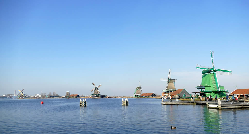 Half day trip from Amsterdam: Zaanse schans | Your Dutch Guide