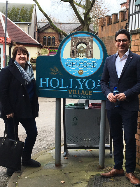 Hollyoaks set visit