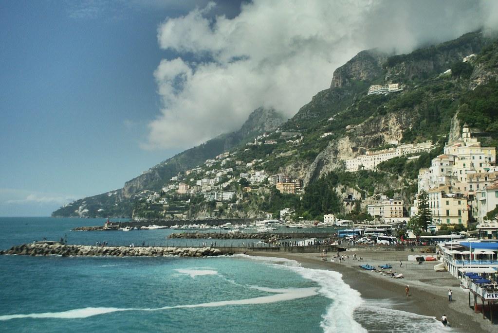 Côte Amalfitaine au sud de Naples.
