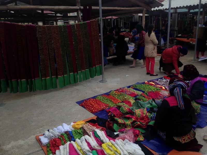 フォーバン(Pho Bang)のマーケットと中国との国境を見に行く, 2