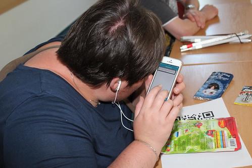 Petra na workshopu Seeing AI a další aplikace do iPhonu pro rozpoznávání textu, předmětů, zboží, barev či osob