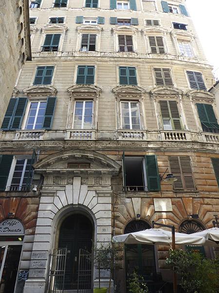 belle façade de Gênes