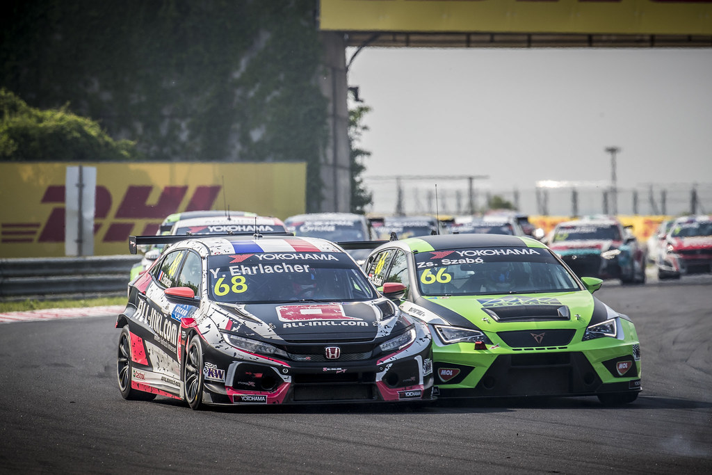 68 ERLACHER Yann (FRA), ALL-INKL.COM Munnich Motorsport, Honda Civic TCR, action 66 ZSABO Zsolt David (HUN), Zengo Motorsport, Cupra TCR, action during the 2018 FIA WTCR World Touring Car cup, Race of Hungary at hungaroring, Budapest from april 27 to 29 - Photo Gregory Lenormand / DPPI