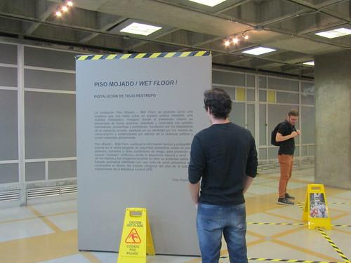 Exposición 'Piso Mojado: Wet Floor'