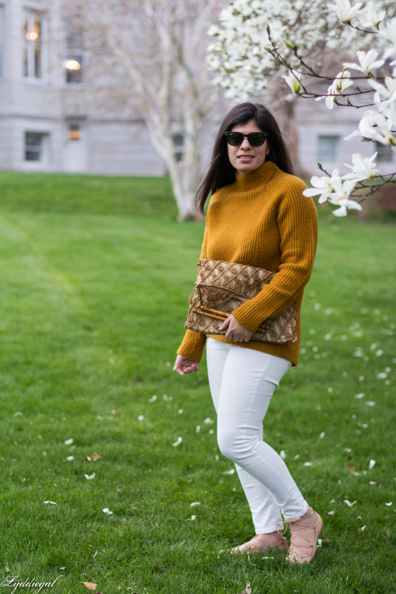 Rust orange sweater, white denim, vintage macrame bag-9.jpg