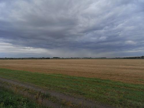 20100827 029 0107 Jakobus Weg Feld Bäume Wolken