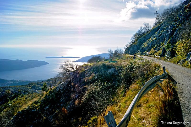Горная дорога в окрестностях Херцег Нови
