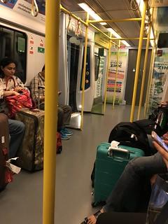 バンコクの電車の中
