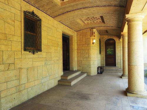 近代建築・旧乾邸玄関