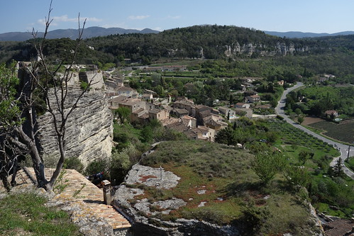 Walking in the Luberon Valley above Apt, France
