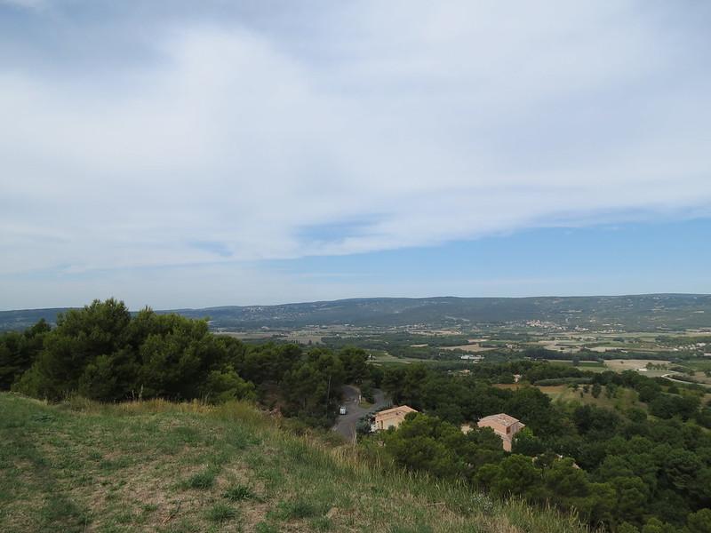 Roussillon: un panorama vers le Mont VentouxIMG_9446