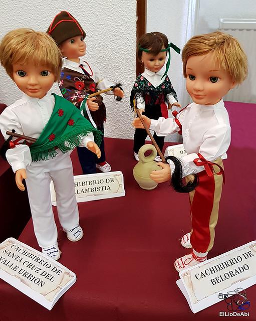 Colección en miniatura de los trajes tradicionales en la provincia de Burgos  (16)