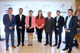 La Universidad San Ignacio de Loyola (USIL) participó del 22 Simposio Internacional Empresa y Desarrollo Sostenible, organizado por la organización Perú 2021 los días 14 y 15 de mayo, dónde se puso en agenda las principales tendencias, historias y visiones que están cambiando la forma de hacer negocios.