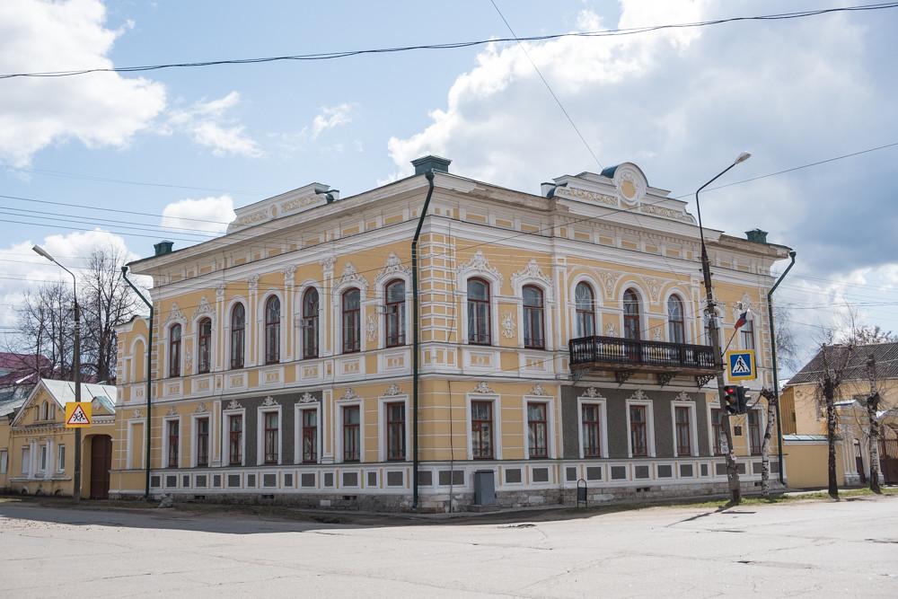 Импортозамещение здорового человека (Углич+Великий Новгород+Псков, апрель-май 2018)