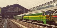 Una reducida composicion del Tren de Felipe II esperando para partir hacia El Escorial desde la Estacion de Principe Pio.  Jueves, 10 de mayo de 2018.