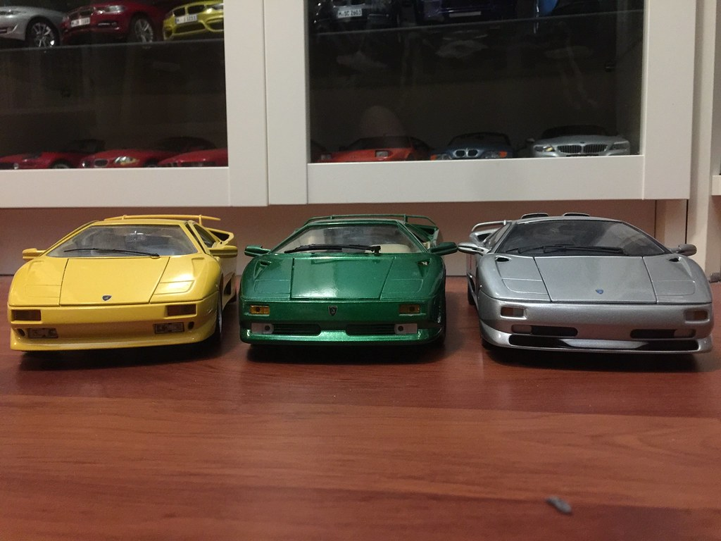 Comparison Between Various Budget Lamborghini Diablos Dx Model