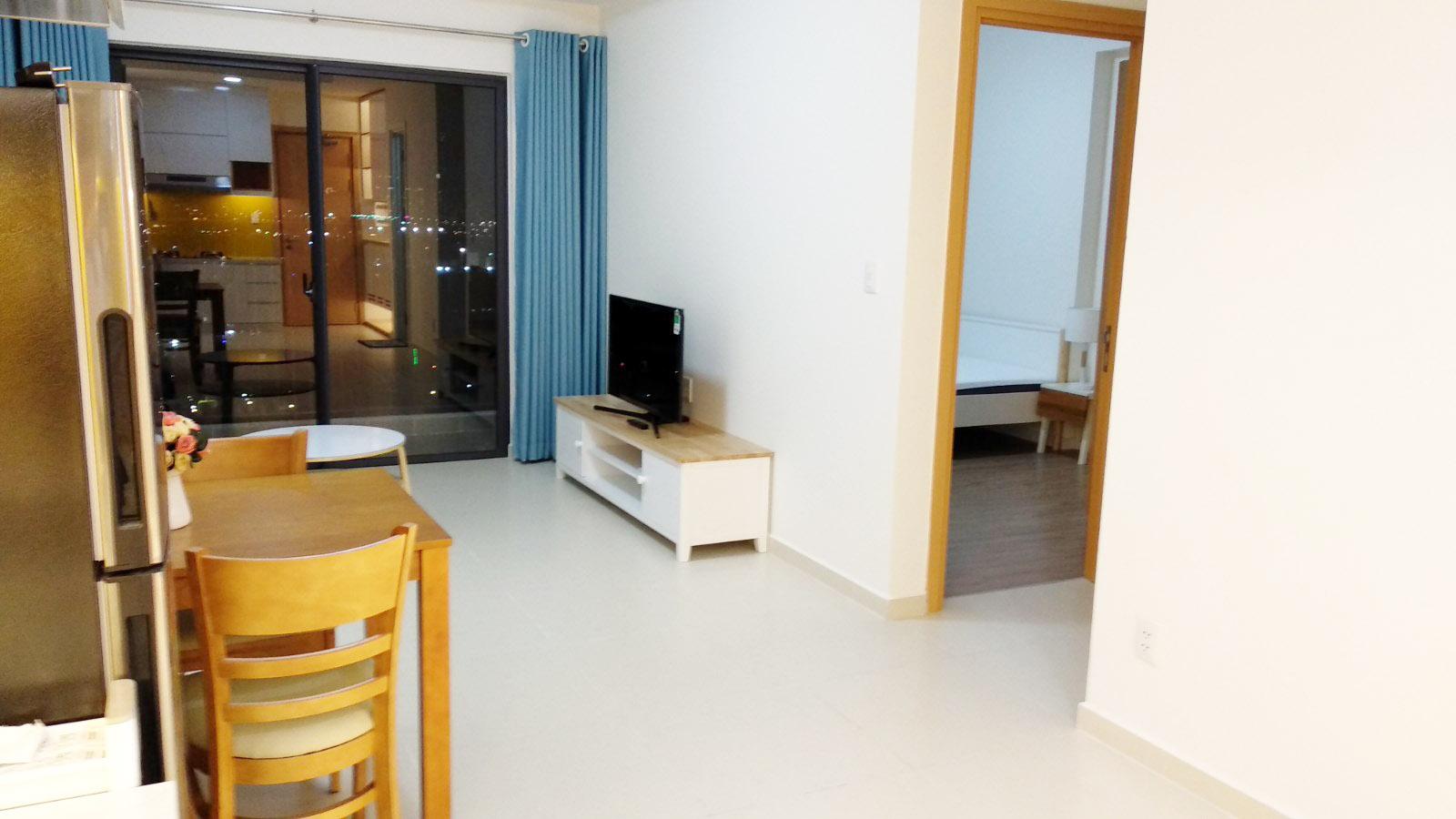 Phòng khách căn hộ M-One cho thuê, 2 phòng ngủ 2PN.