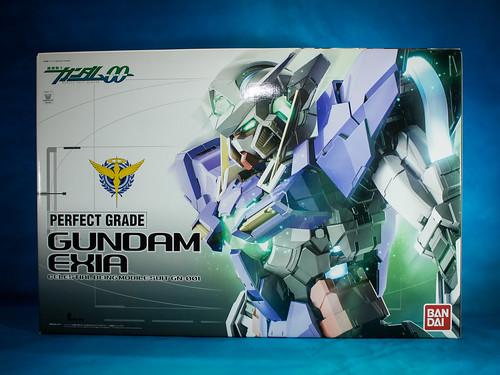 Perfect _Grade_Gundam_Exia_01