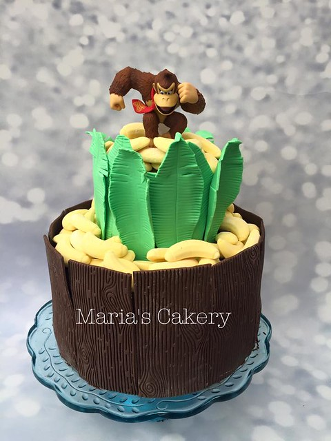 Cake by Maria's Cakery