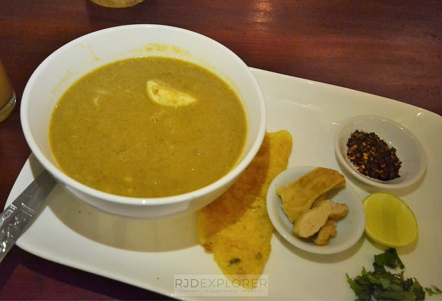 myanmar itinerary mohinga what to eat