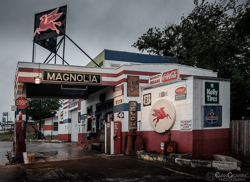 Mognolia Gas Station