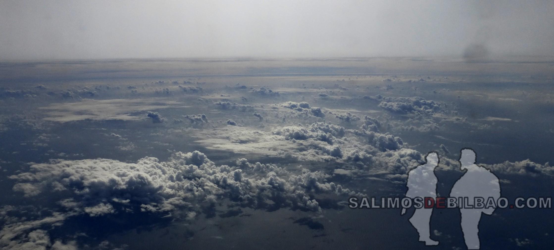 1384. Vistas desde el avión de Ho Chi Min a Xiamen