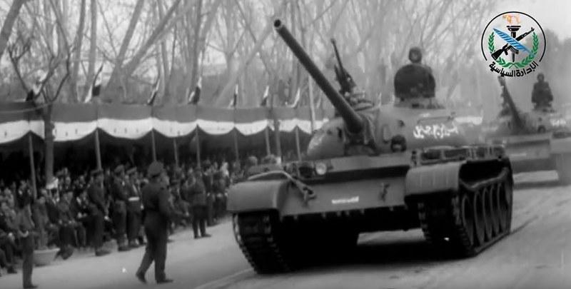 T-54-parade-syria-1966-sdyt-1