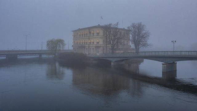 Strömsborg in the mist