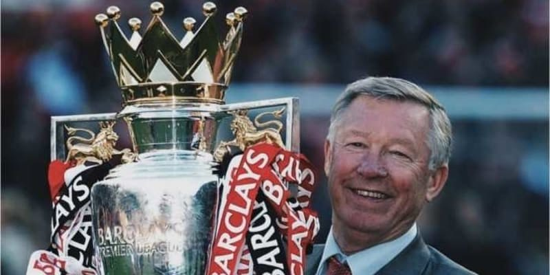 Pelatih Legendaris Manchester United Sir Alex Ferguson Jatuh Sakit dan Harus Masuk Rumah Sakit