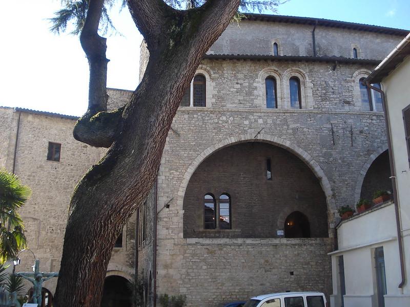 001-дворец Гаэтани