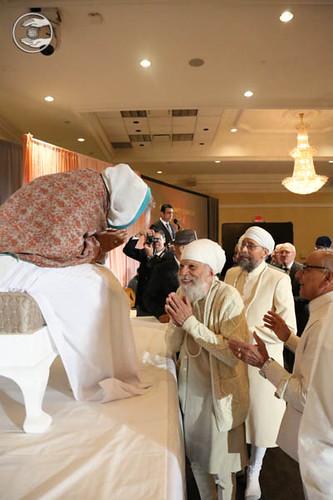 Dignitaries seeking blessings