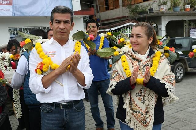 Paty Valencia con Isaac M
