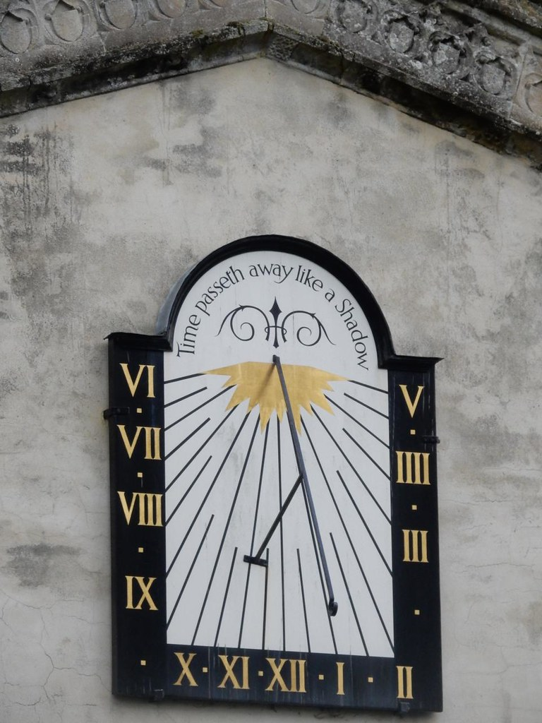 Sundial Manningtree Circular