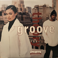 GROOVE THEORY:TELL ME(REMIXES)(JACKET A)