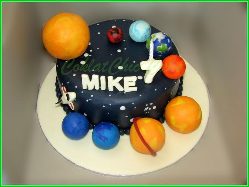 Cake Solar System MIKE 20 cm