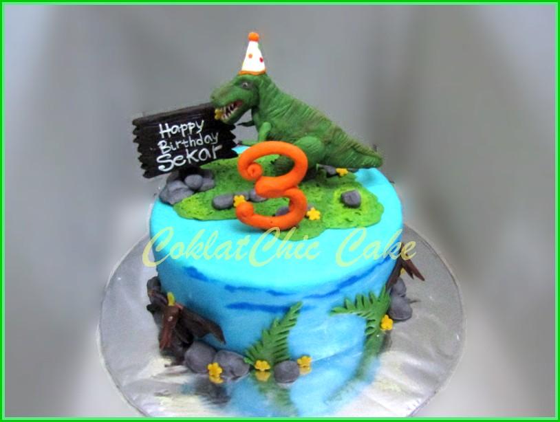 Cake T Rex party Sekar 15 cm