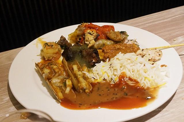 10.Selera Asli Sarawak at the Chatz Brasserie ( PARKROYAL Kuala Lumpur) – Ramadan 2018