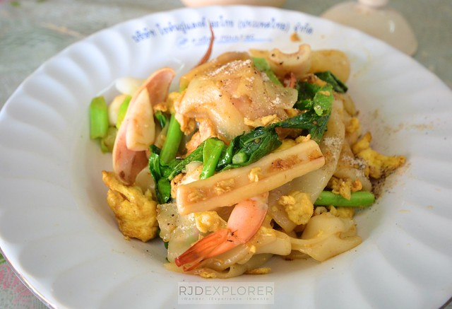 chiang mai itinerary thailand what to eat in chiang mai