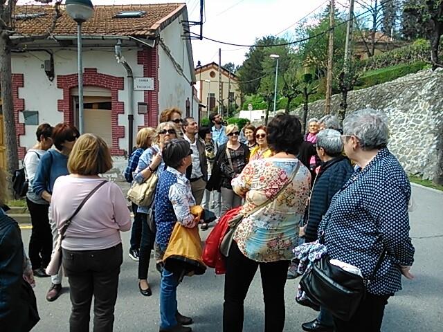 Visita a la Colònia Borgonyà.