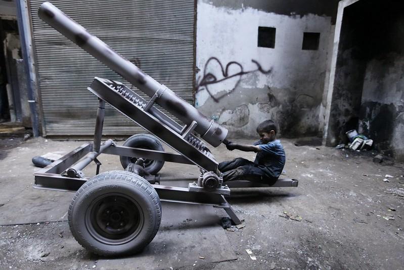 Syria-cannon-A-FSA-aleppo-2013-cnc-1