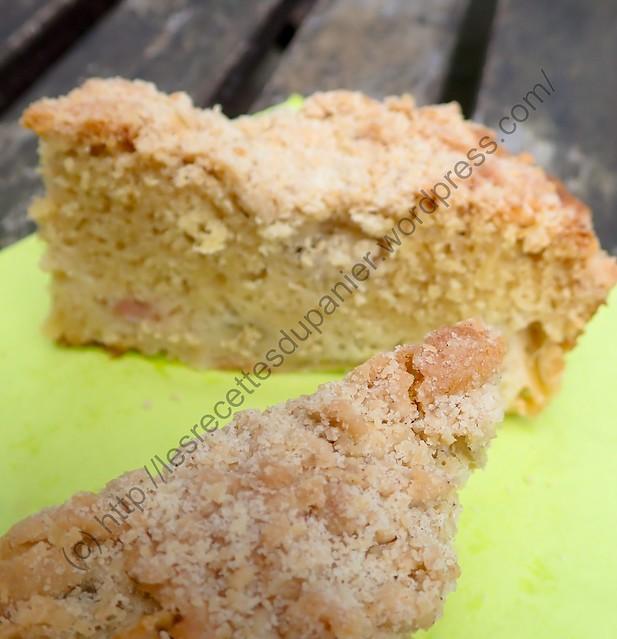 Gâteau Streusel à la Rhubarbe / Rhubarb Crumble Cake