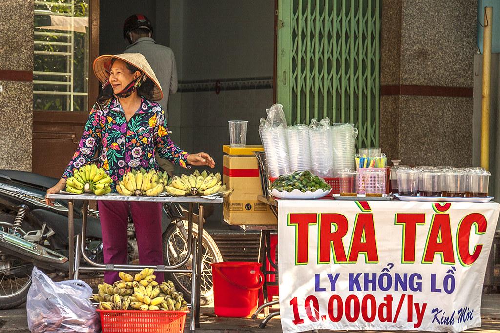 District 6 street scene on 5-2-18--Saigon 2