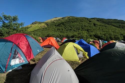indonesia central java wonosobo damarkasiyan sindoro outdoor mountain volcano hiking trekking google pixel 2 xl sky people camp