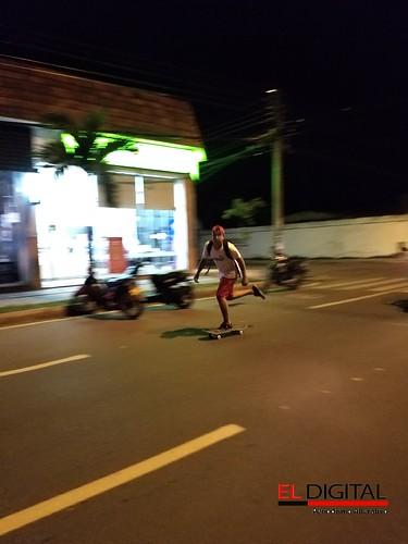 Patinador en las calles de Neiva