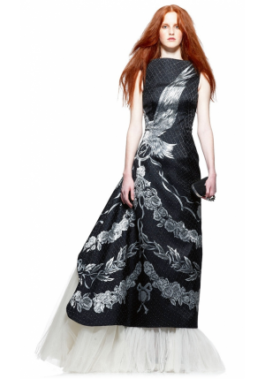 alexander-mcqueen-pre-fall-2010-patterned-dress-profile