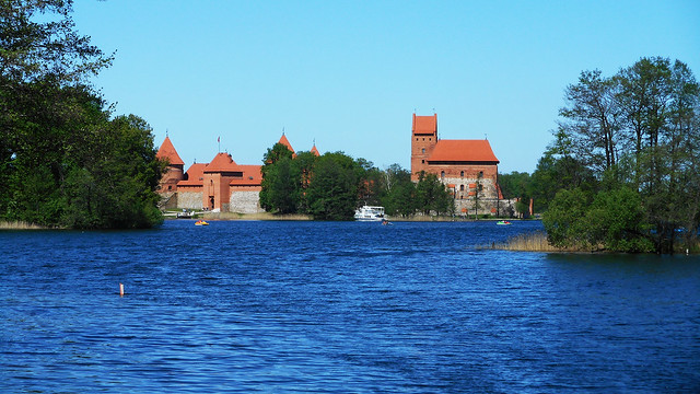 Morning in Trakai 13
