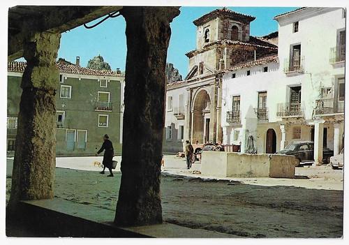 Cañete (Cuenca): Plaza del Caudillo...
