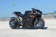 Moto : Them Bikes..