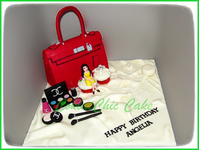 Cake Branded Bag and Cosmetics ANGELIA 20 cm